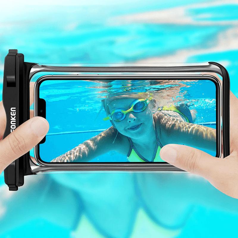 tactile smarthpone sous l'eau